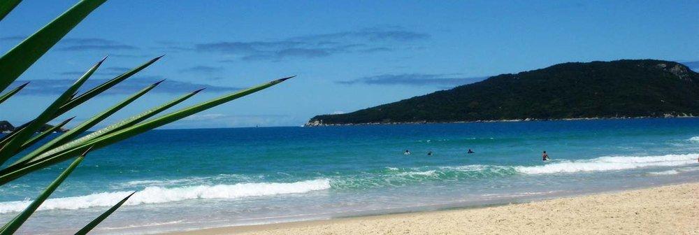 praia-com-sol.jpg.1340x450_default.jpg