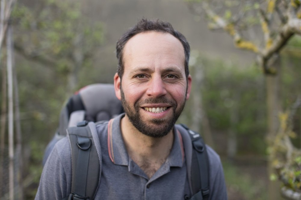 Andy Raingold - Andy is a coach, speaker, mindfulness practitioner, environmental campaigner and social entrepreneur with a wealth of experience leading people through transformation. As Executive Director of the Aldersgate Group for over seven years, he worked in the corridors of power with CEOs, Government Ministers and thought leaders to drive UK and EU policy change. He has written for the Guardian and been interviewed on BBC Newsnight, The Sunday Times, BBC Radio 4, The Independent and Guardian Environment Podcast.