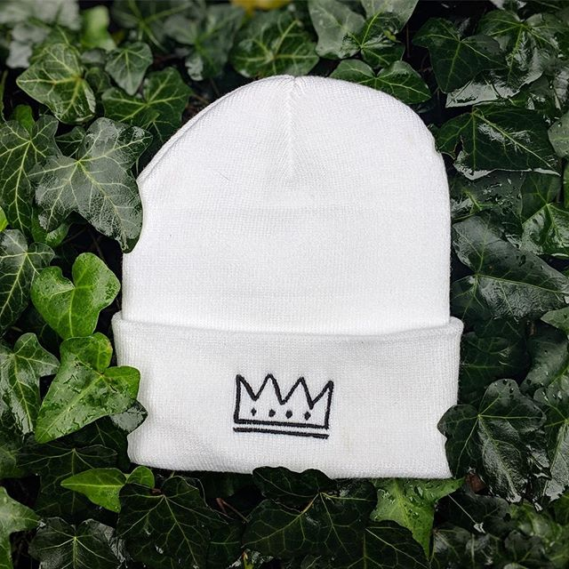 Surprise! Crown beanie re-stock just in time for winter & holidays. LIMITED run of white edition & also the classic black ones (jet black not gray btw) 30$ + shipping. Link is in bio, get em while they hot 🖤