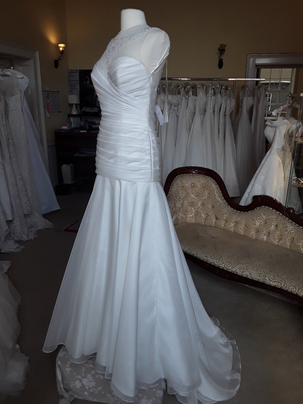 WHITE ROSE SATIN FIT AND FLARE DRESS  SIZE: 12  COLOUR: IVORY  WAS €1,375 NOW €995  Ref: E116