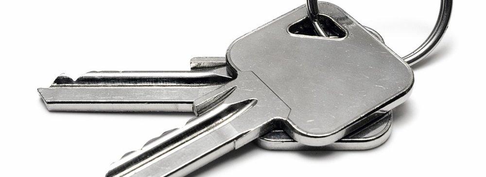 Key-Holding-North-Wales.jpg