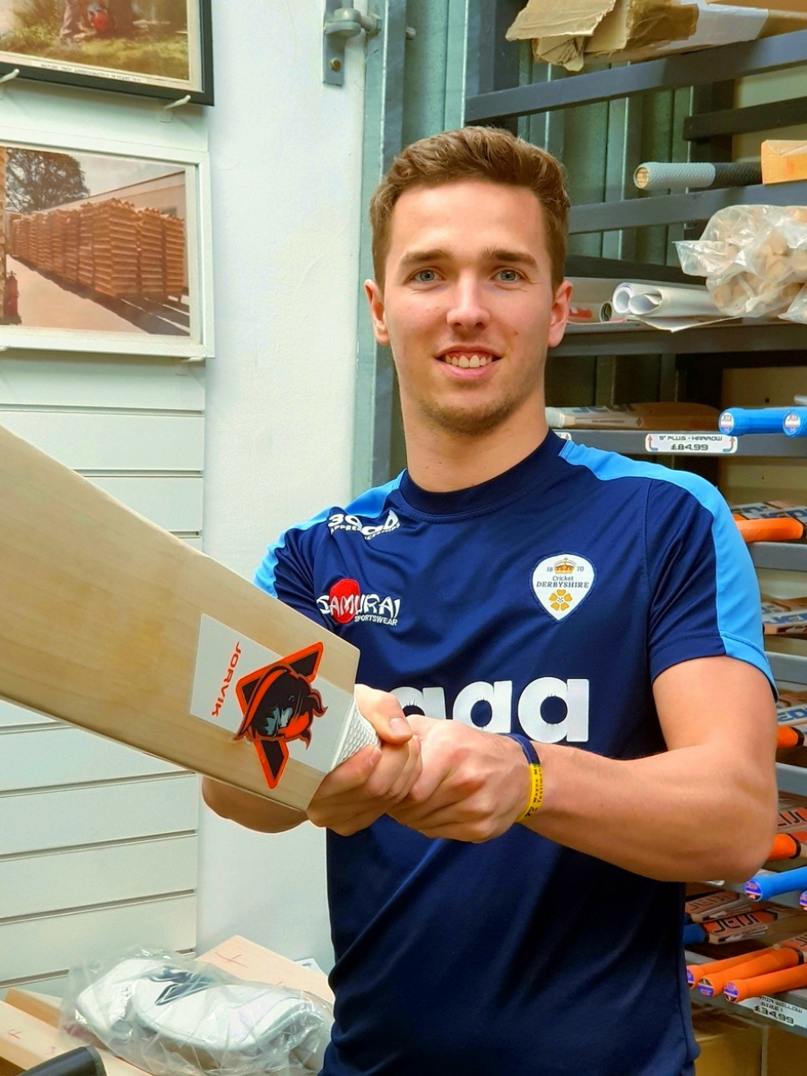 Will Davis - Will Davis is an English first-class cricketer, A right arm medium-fast bowler & right hand batsmen he plays for Derbyshire County Cricket Club.will comes from Stafford.Will is a product of the cricket Derbyshire academy in partnership with the University of Derby development pathway. Will was named the Academy Player of the Year in 2014.He made his first class debut against Australia in 2015 and claimed 3 for 63 in the 1st innings including the wickets of Michael Clarke, Adam Voges & Pete Nevill.Will broke into the Derbyshire first team in 2016 taking plenty of wickets along the way including 7 for 146 against Glamorgan.Will is using the Valhalla & Jorvik ranges for the 2018 season.You can follow Will on twitter.com/w_davis44