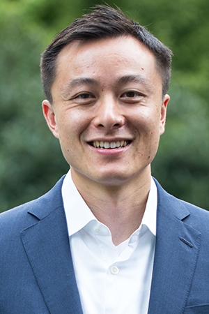 Victor E. Tong    Chairman of the Board   Decheng Capital