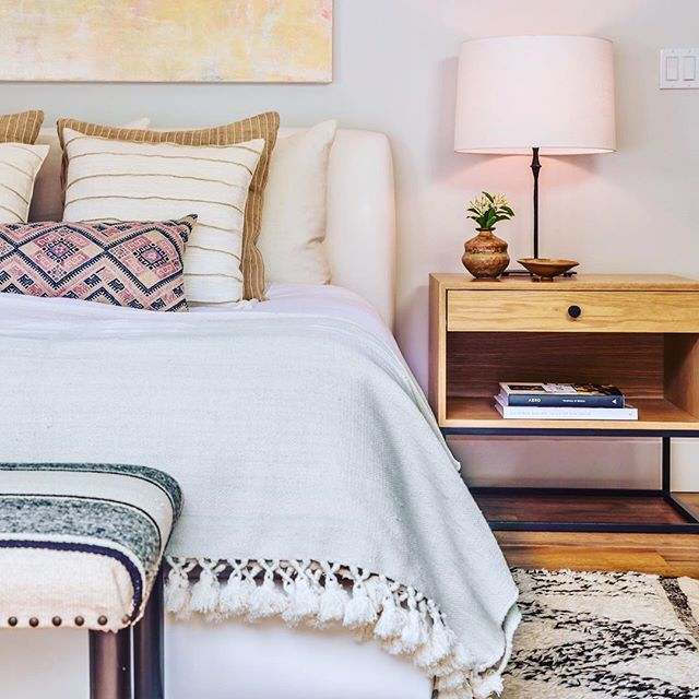 Serene and peaceful bedroom. A place to getaway from it all and recharge. Simple lines and muted colors make this space easy to live in. . . . #decor #interiordesign #interiordesigner #bedroom #crisp #clean #designer #design #lamp #pillows #rugs #custom #home #decorate #peace #tranquility