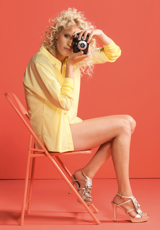 Laura im High Fashion Look fotografiert