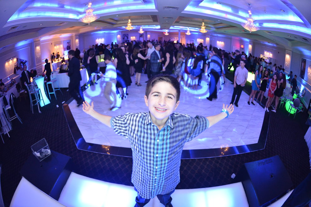 bar-bat-mitzvah-wilshire-grand-nj.JPG