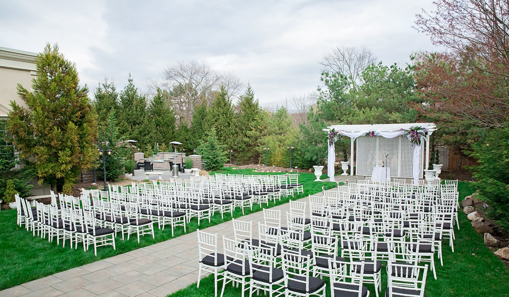 wedding-nj-wilshire-caterers-outdoor-ceremony.jpg