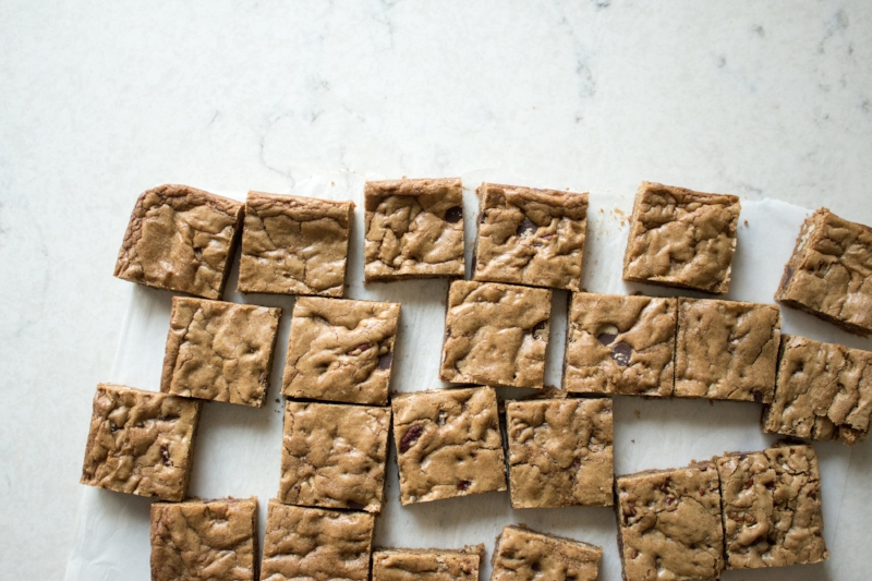 brown butter coffee blondies-5.jpg