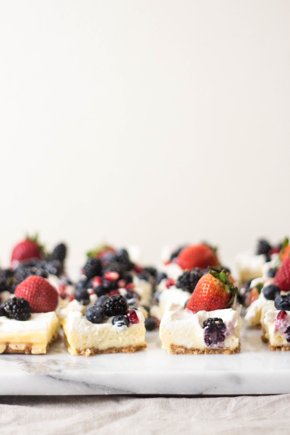 cheesecake with all the berries-9.jpg