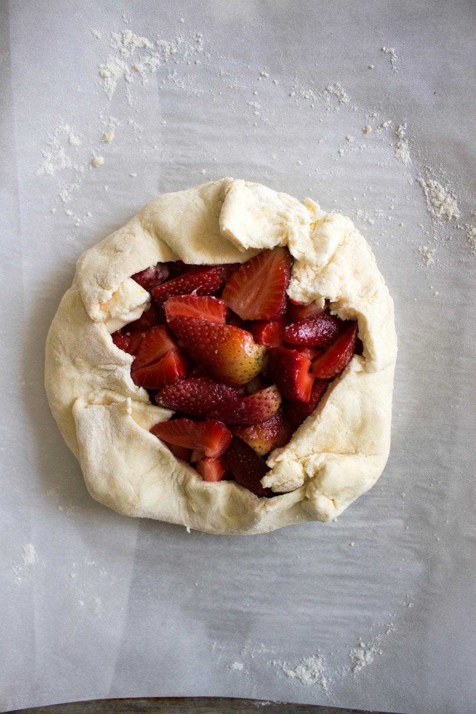 strawberry galette-6.jpg
