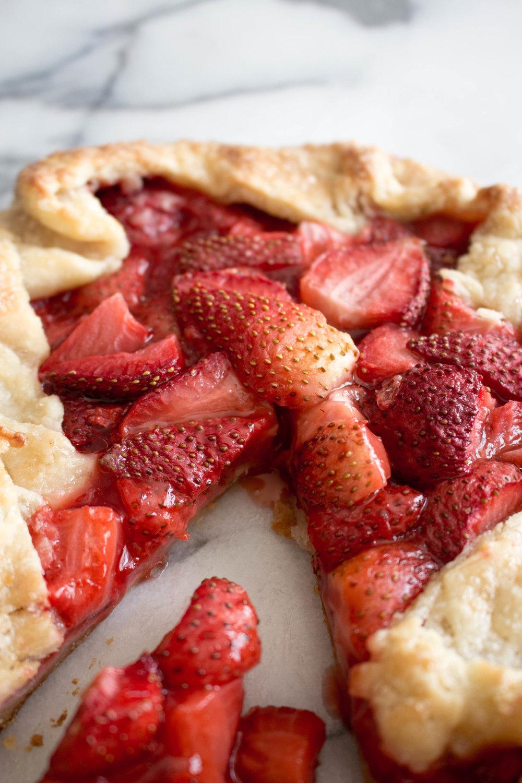 strawberry galette-13.jpg