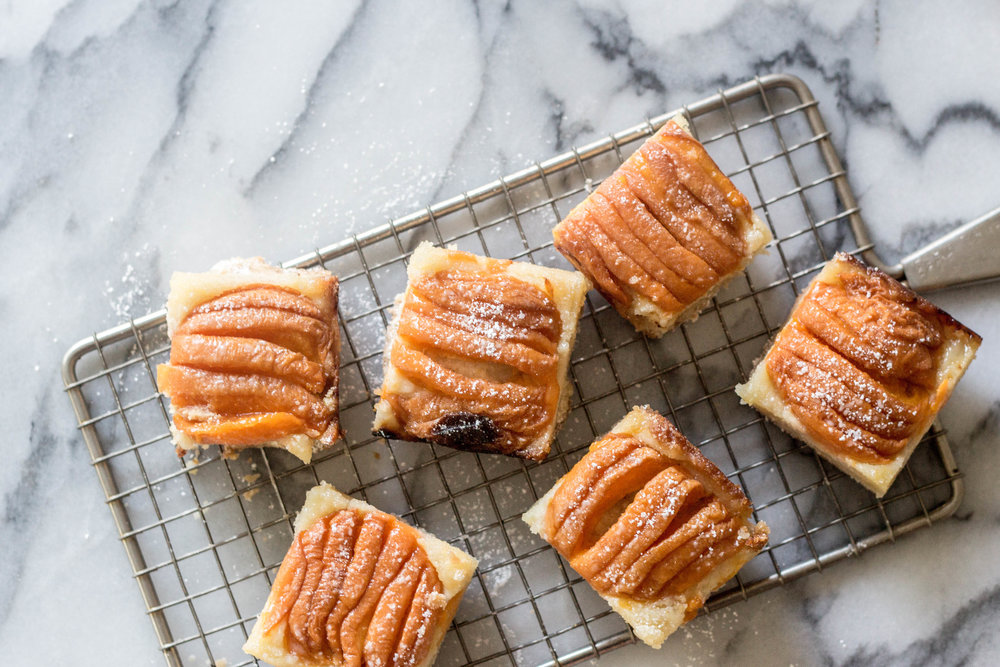 apricot almond bars-15.jpg