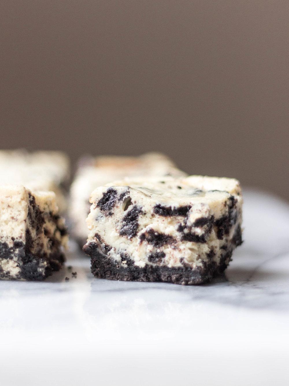 oreo cheesecake squares-4.jpg