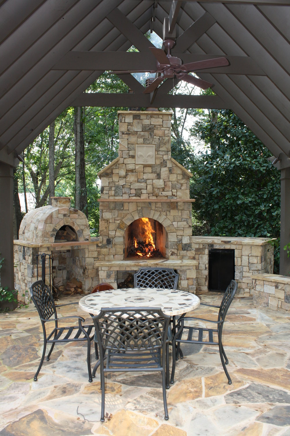 Fire Features & Cook Stations -