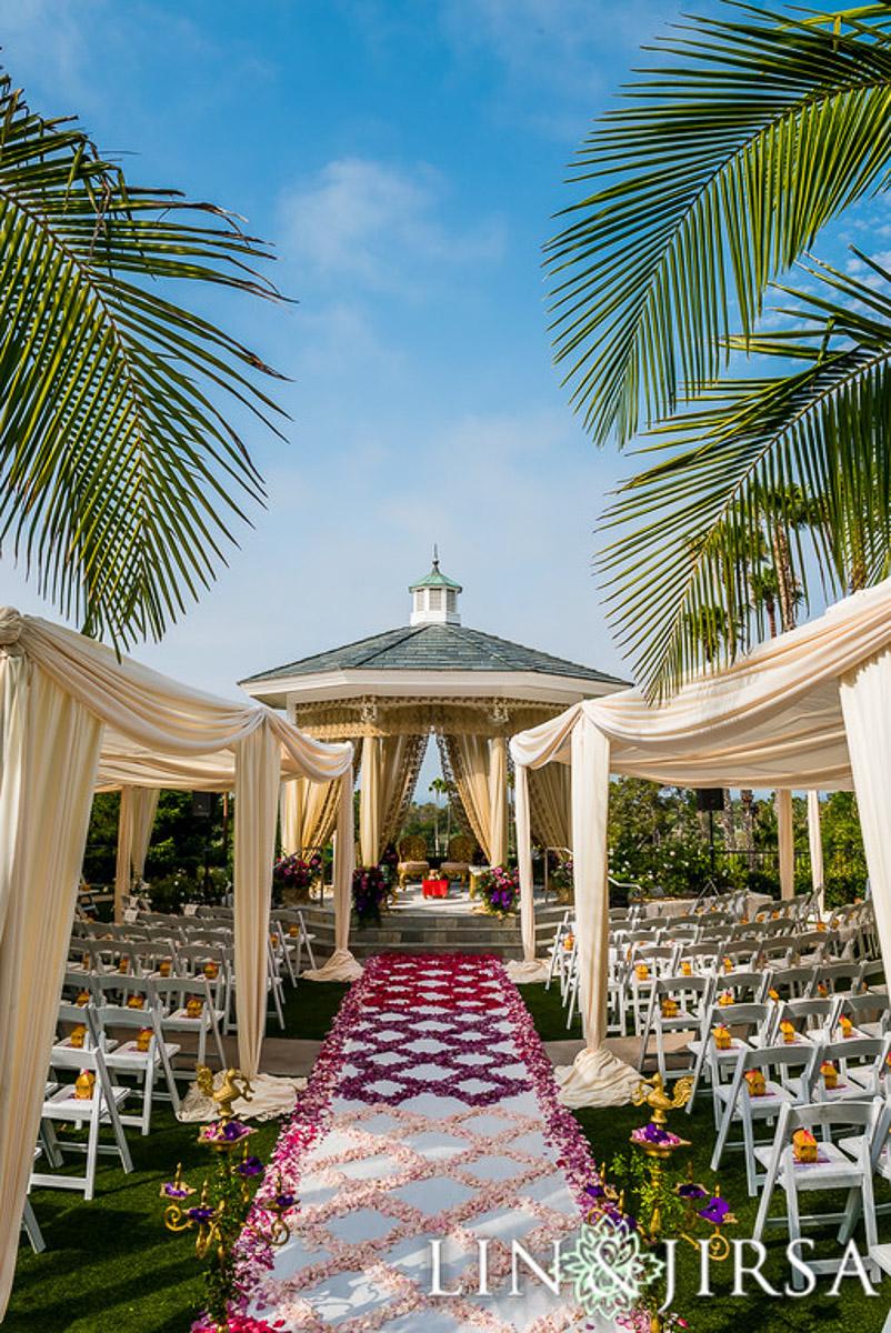 2 newport-beach-marriott-indian-wedding-ceremony.jpg