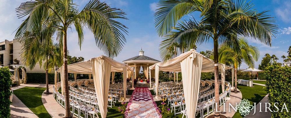 5 outdoor-wedding-ceremony-newport-beach-marriott.jpg