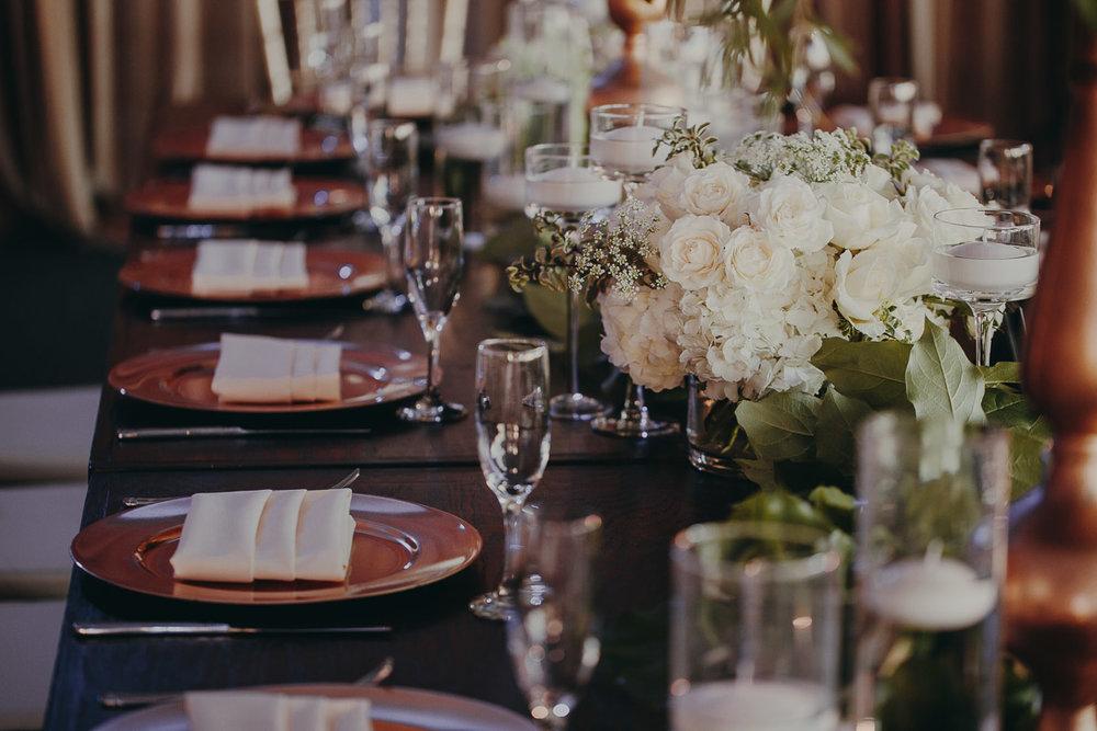 9 rustic-wedding-decor.jpg