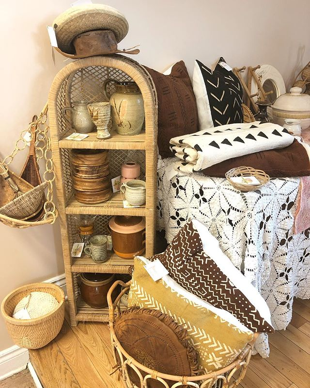 Come visit us today at //Vintage Pop Up 613// at Montgomery Legion, Kent Street. Now until 5:00pm ✌️ • • • #finditstyleit #fleamarketstyle #boho #bohemian #rattan #basketwall #basket #basketcollection #bamboo #thriftscore #woven #texture #wicker #showmeyourboho #shopsmall #zolafinds #ottawa #handmade #worn #gentlyloved #motherearth #vintageclothing #earthtones #folkstyle #ethicalfashion #earthpalette #repurposedclothing #saveourplanet