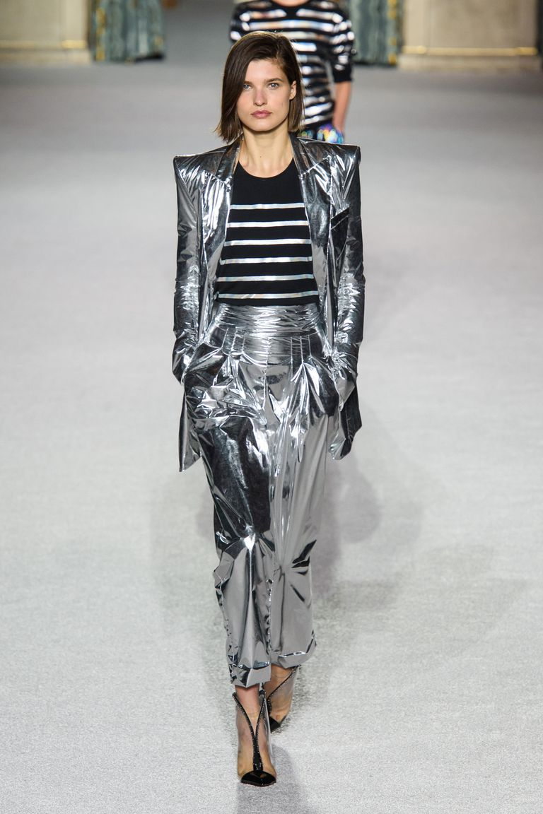 Metallic suit from Balmain. I kinda like it!