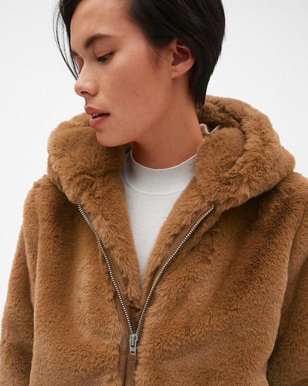 Gap faux fur coat.PNG