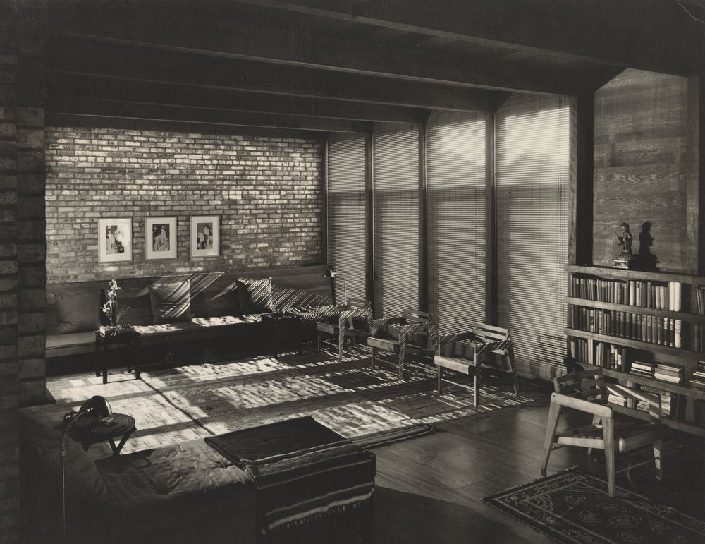 Living room--9276-L negative.jpg