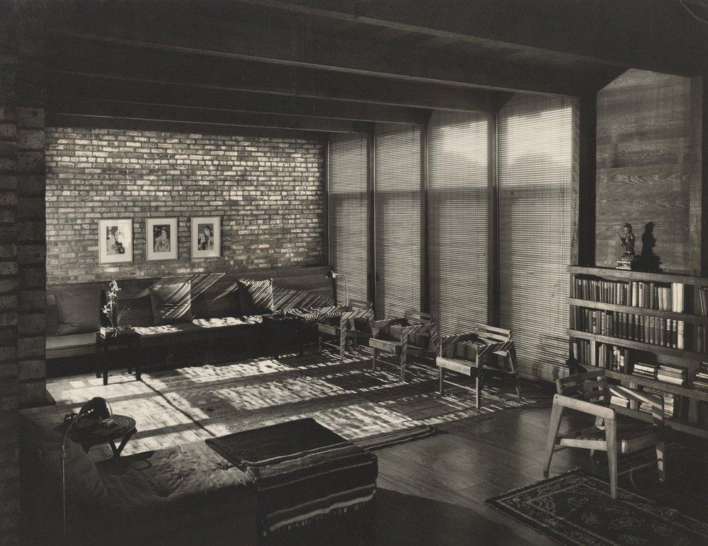 Living room--9276-L negative.jpg