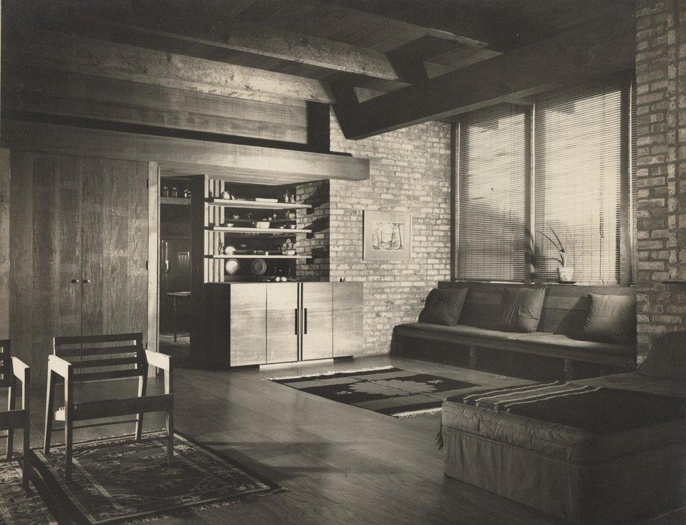 Living room--9276-N negative.jpg