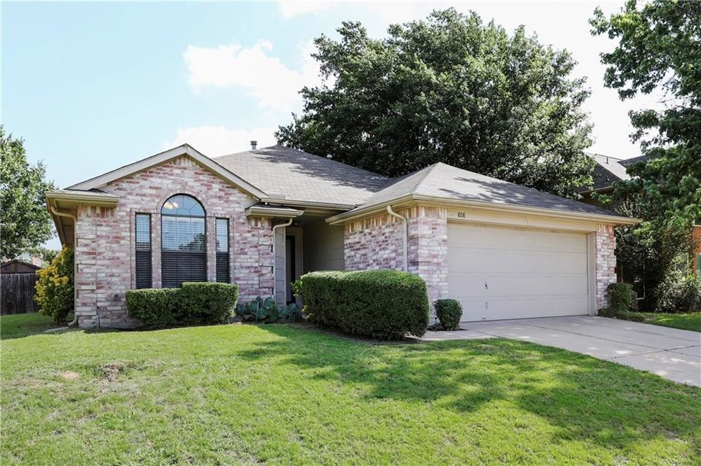 808 Paisley Dr, Flower Mound