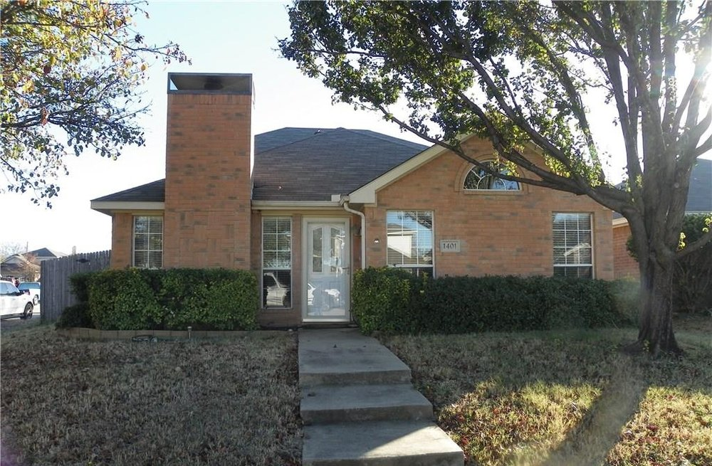 1401 Bell Ranch Cr, Euless
