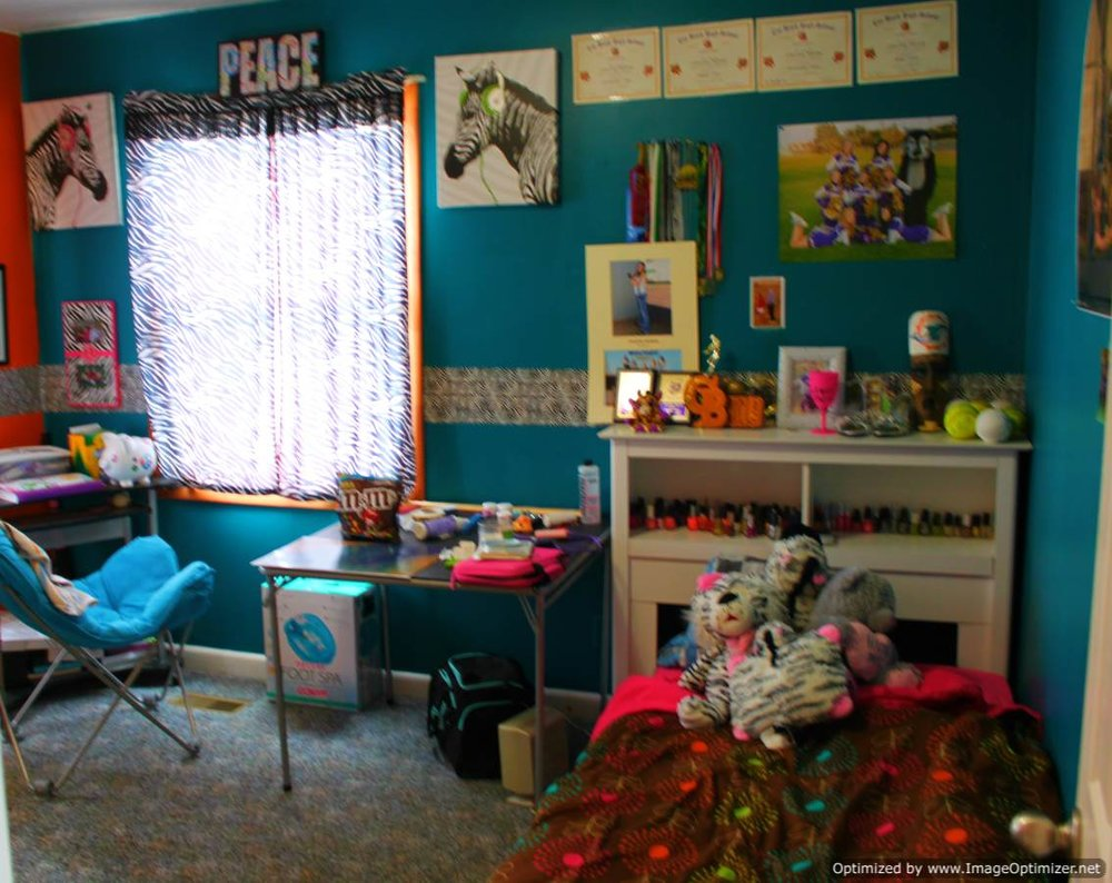 bedroom blue-Optimized.jpg