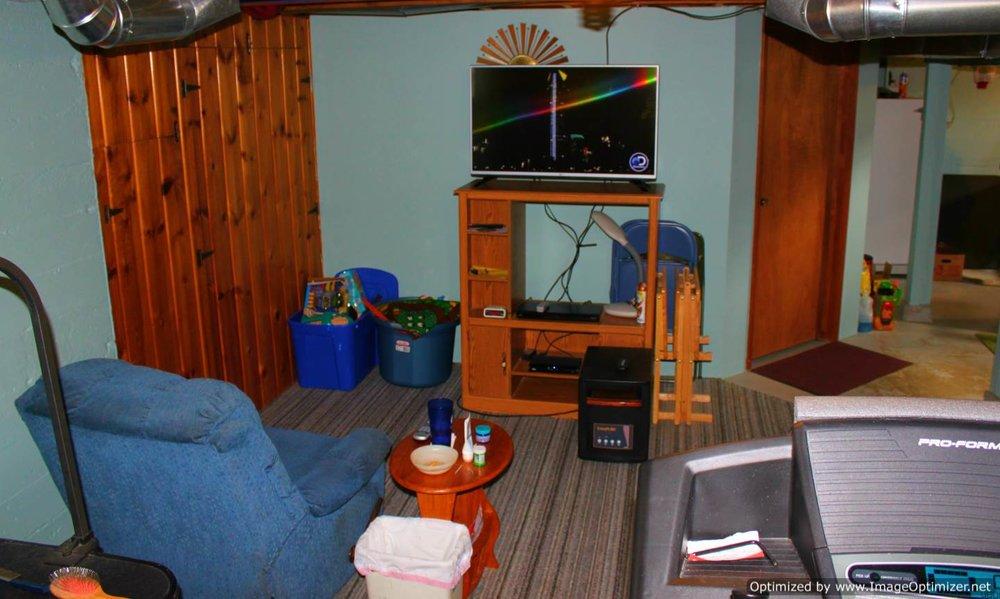 basement family-Optimized.jpg
