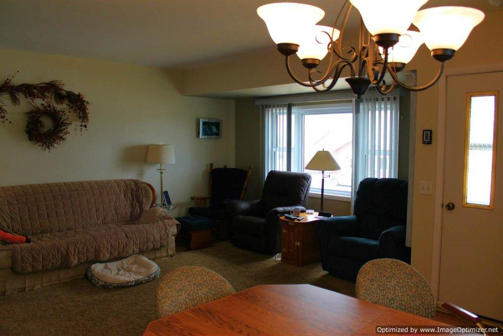 living room -Optimized.jpg