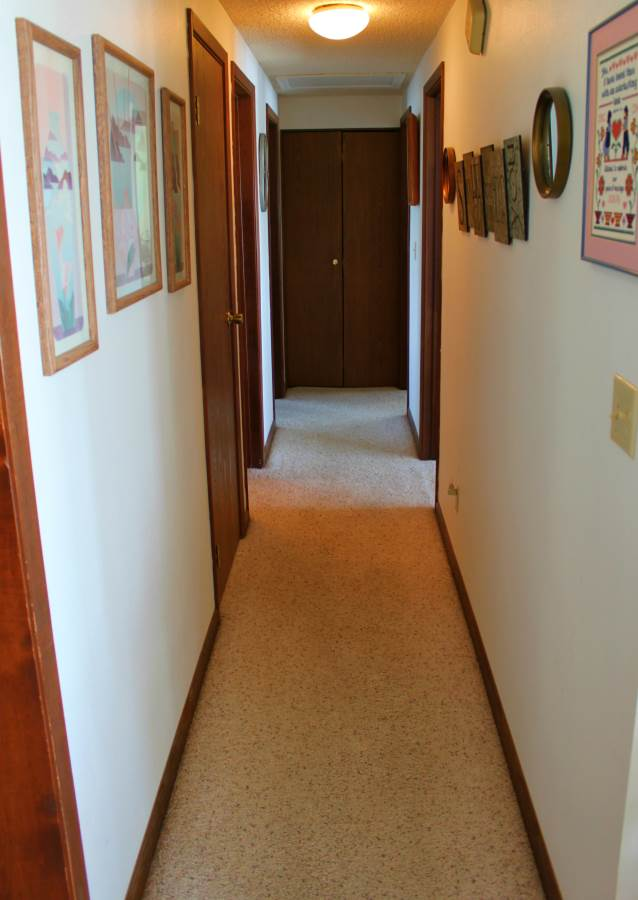 hallway-Optimized.jpg