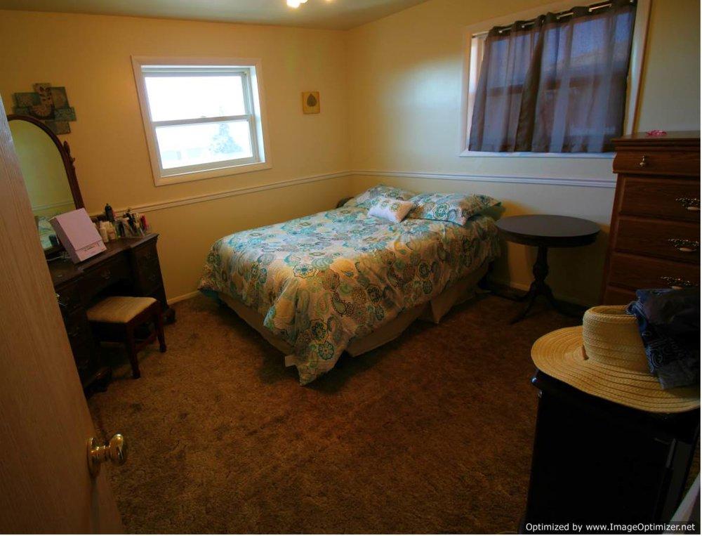 bed 2-Optimized.jpg