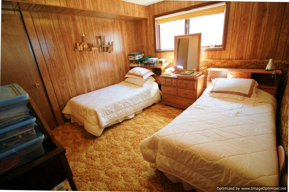 basement bed b-Optimized.jpg