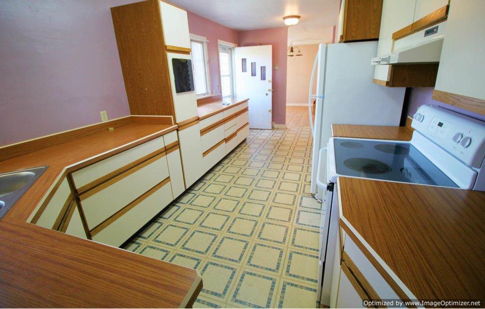 kitchen back-Optimized.jpg