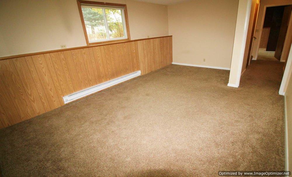 basement office 2-Optimized.jpg