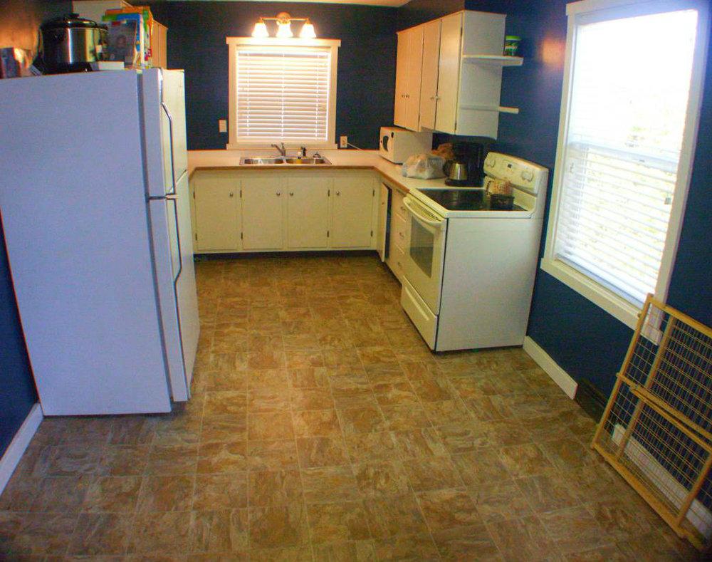 kitchen-Optimized (2).jpg