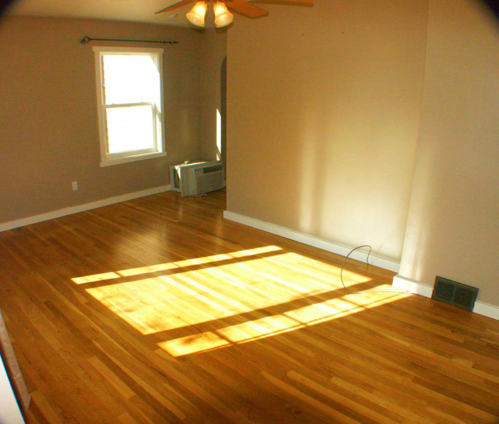 living roomb-Optimized.jpg