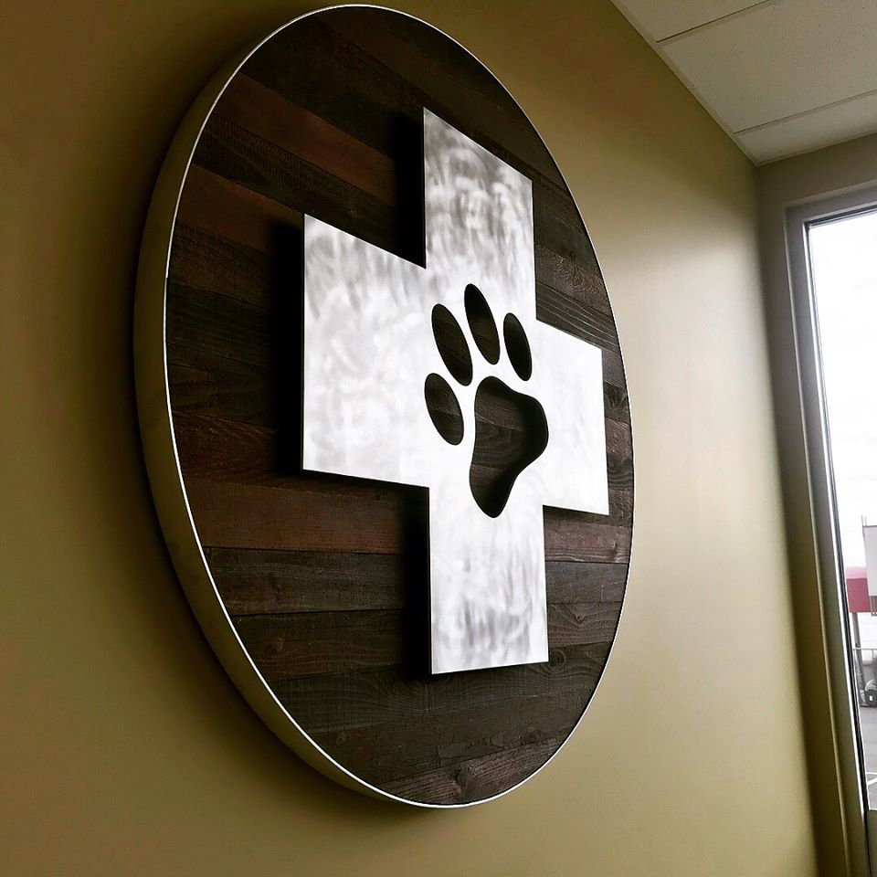 Dog Paw Wall Graphic.jpg