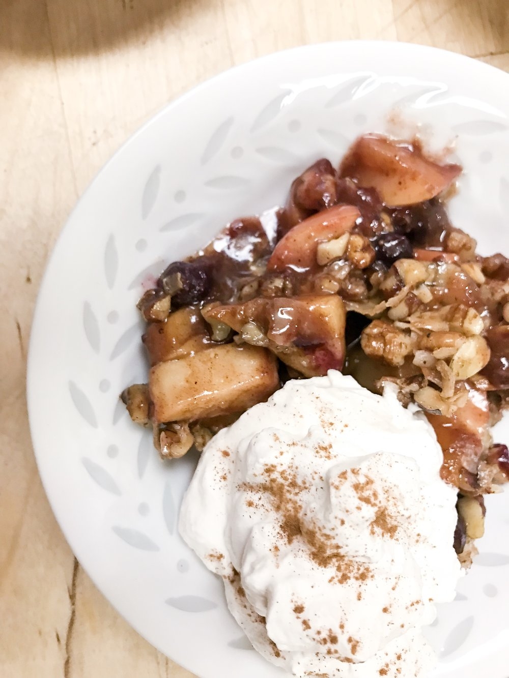 Paleo Apple Berry Crisp anyone? Yum.