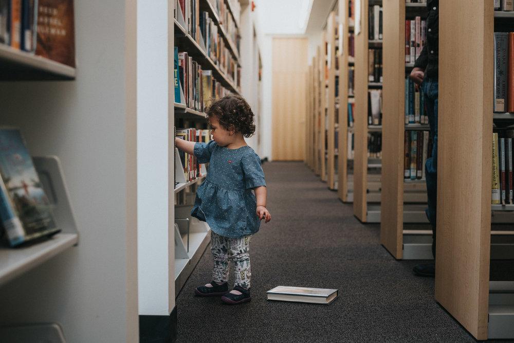washington dc family photographer library photoshoot
