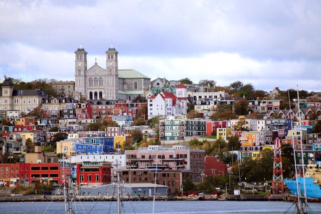 St. John's | St-Jean - The oldest city in North America La plus vieille ville d'Amérique du Nord