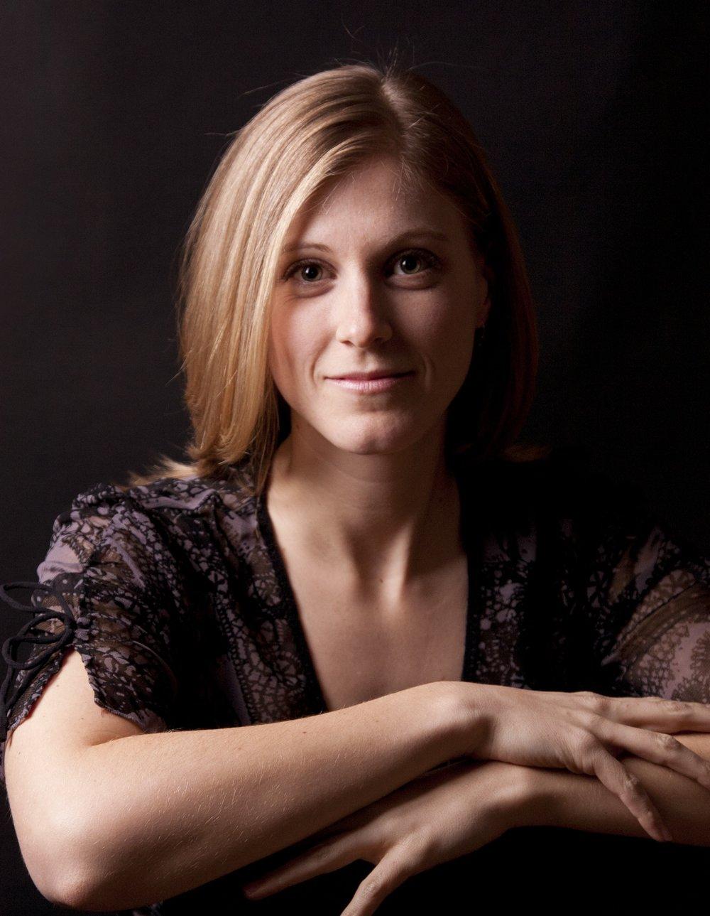 Heather-22-Cropped1.jpg