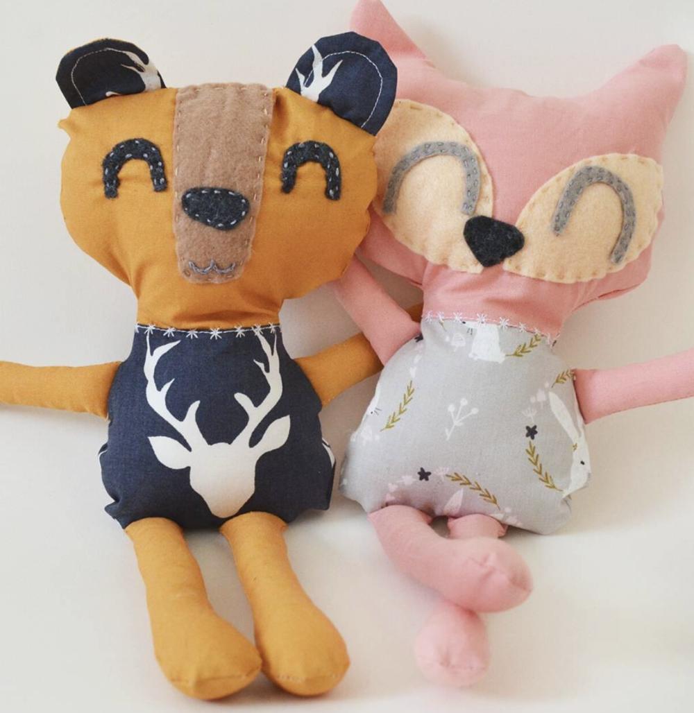 Plushies_Deer & Fox