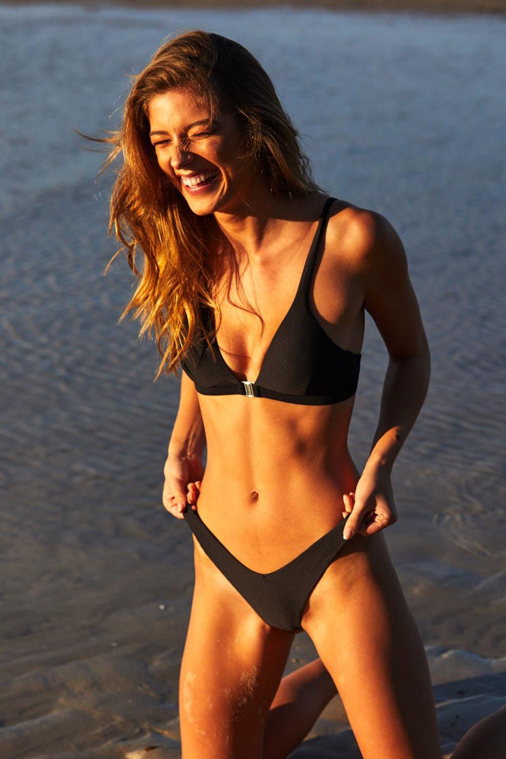 Bikini Naomi Holt nudes (92 photo), Leaked