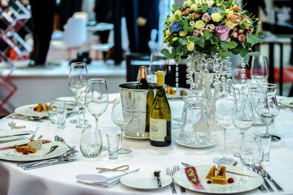 exclusive-banquet-1812772_1920.jpg