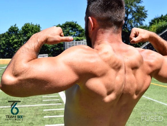 It's Flex Friday!! ⠀⠀⠀⠀⠀⠀⠀⠀⠀ ⠀⠀⠀⠀⠀⠀⠀⠀⠀ Who's ready to crush some weekend GOALS?! ⠀⠀⠀⠀⠀⠀⠀⠀⠀ ⠀⠀⠀⠀⠀⠀⠀⠀⠀ #t6 #supplements #fitspo #fitsporation  #flexfriday #fitness #nutrition #health #fitspo #muscles #lean #flex #sports #lift #weightlosstransformation #weightloss #fatburner #preworkout