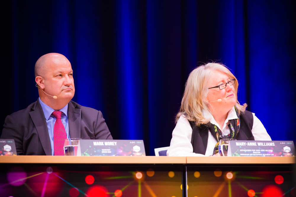 From left: Mark Morey, Secretary, Unions NSW; and Distinguished Prof. Mary-Anne Williams, Director of The Magic Lab, Centre for Artificial Intelligence, UTS.
