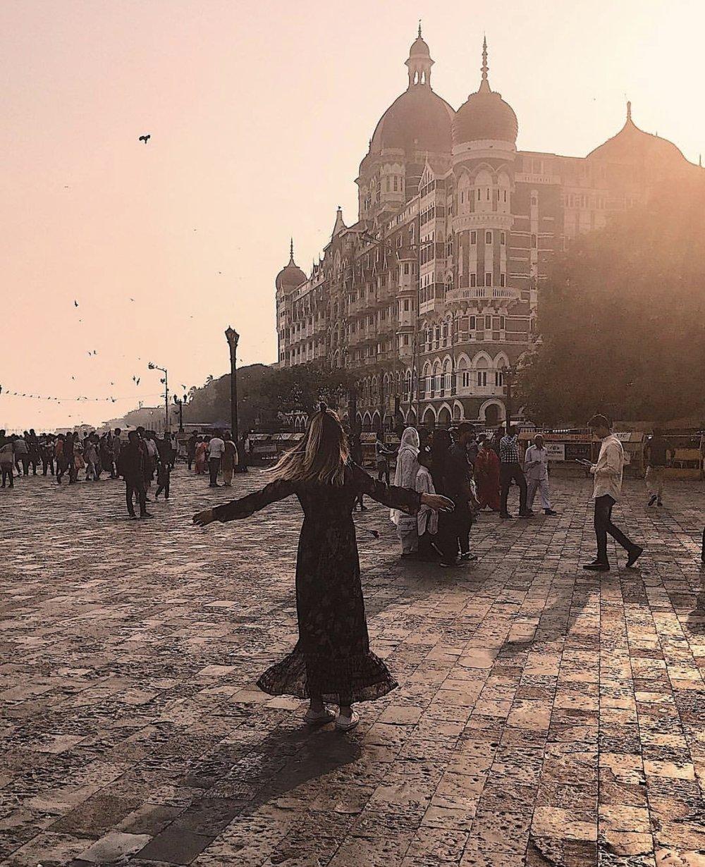 Beautiful sunset in front of Taj Mahal Palace